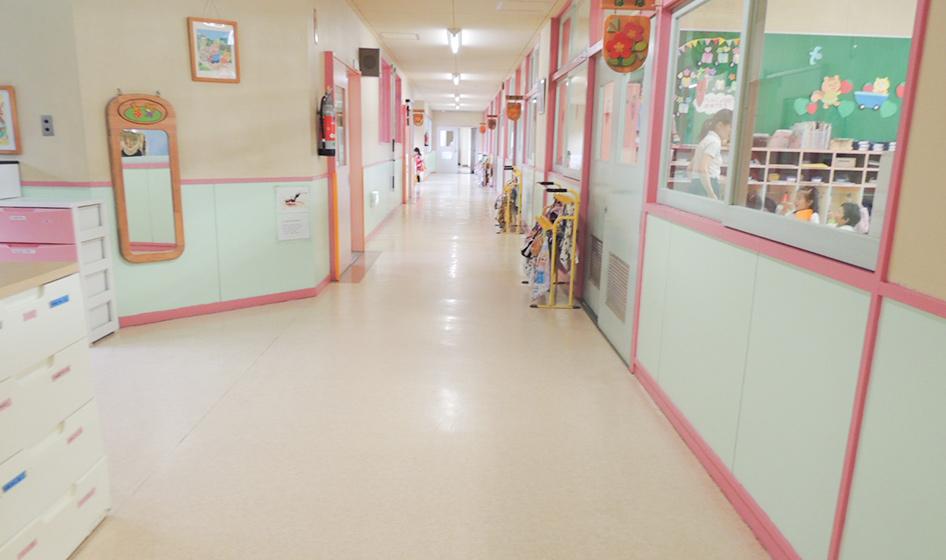 幼稚園通路